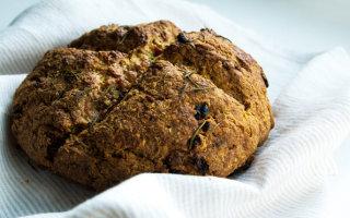 Ирландский содовый хлеб: рецепты и ложка истории