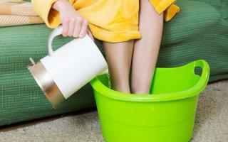 Как парить ноги содой при простуде, кашле и насморке