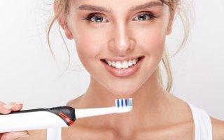 Как в домашних условиях отбелить зубы обыкновенной содой?