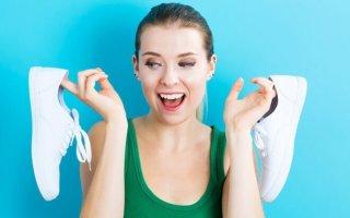 Чистим обувь содой: от запаха, желтизны и грибка