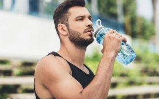 Роль пищевой соды в спорте: путь от усталости к победам