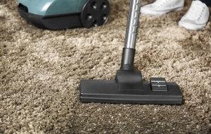 Как почистить ковёр содой дома: способы очистки + отзывы