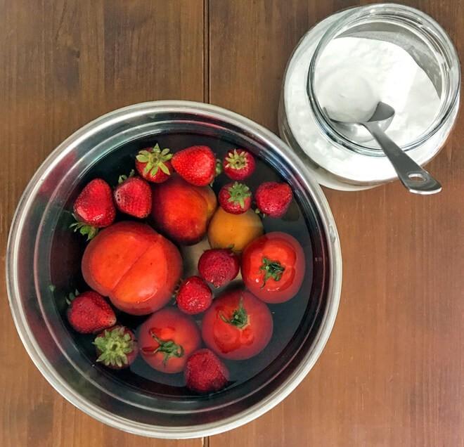 замоченные в соде ягодки