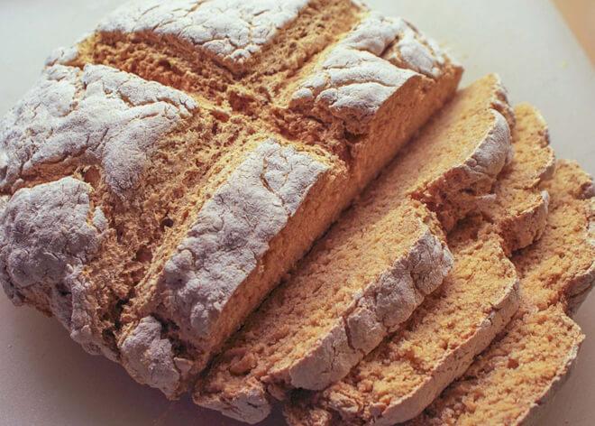 хлеб из ирландии с крестом